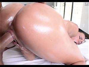 giving Peta Jensen a lubricated manstick down her slippery poon