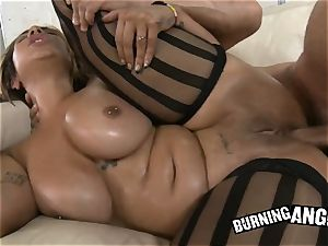 big all-natural bra-stuffers Veronica Rose gets her curvy caboose ravaged