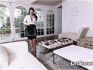 big-boobed cougar Angela milky enjoys sole fetish