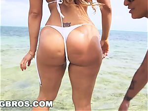 BANGBROS - Nicole Aniston Is The World's hottest pawg