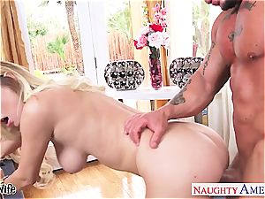 kinky Natalia Starr gets big man meat in her rosy gash
