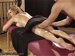 Krissy Lynn luvs her rubs Deep and rigid