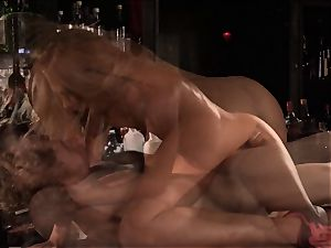Barmaid Carter Cruise romps her chief at work
