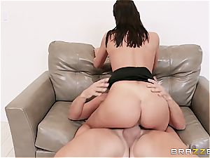 outstanding superslut August Ames becomes the best Hollywood bi-atch