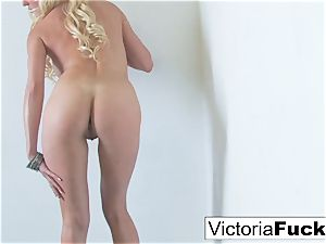 Victoria paws her slit to completion