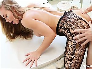 big-chested Nicole Aniston takes a rod deep in her humid poon