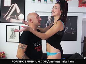 audition ALLA ITALIANA - beginner anal invasion gape and screw