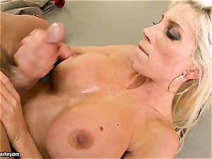 Alluring Puma Swede gets her beaver stuffed with trouser snake