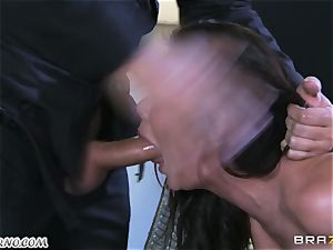 sexy mature tramp Nicole Aniston with immense milk cans gets buttfucked and dumping