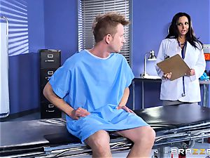 Ava Addams pulverized in her wet honeypot