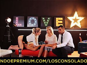LOS CONSOLADORES - flawless blondies sixty-nine in group hump
