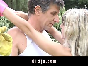 Gina Gerson gets buttfuck from an old boy