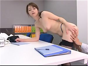 Maki Hojo leaves the boss to shag her at work