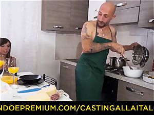 audition ALLA ITALIANA - super-fucking-hot Italian minx gets deep buttfuck