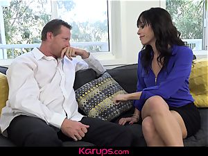 Karups - wife pokes Her husbands best mate
