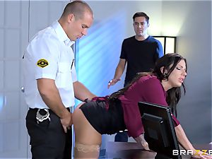 luscious meaty jugged stunner Lylith Lavey getting boinked