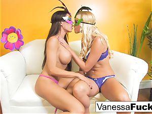 Vanessa box with Capri Cavanni