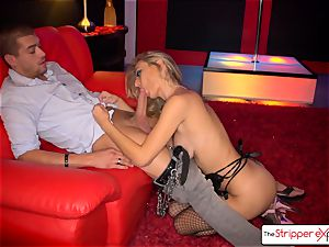 Natalia Starr de-robe down, deepthroat and penetrate a enormous manstick