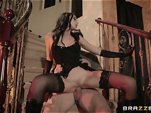 Ariana Marie beaten ballsack deep on halloween