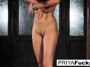 sybian action with Indian sweetie Priya Rai