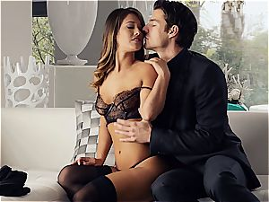 beautiful Eva Lovia is training her boyfriend some manners before the party