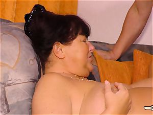 HausfrauFicken - inexperienced pulverize with obese German wife