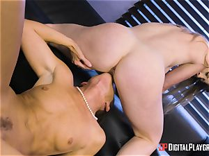 India Summers and Sunny Lane gash tribbing action in the office