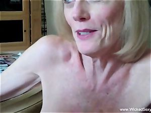 cuckold granny Is Addicted To jizz