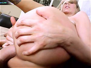 Julia Ann getting her wide open hole spread
