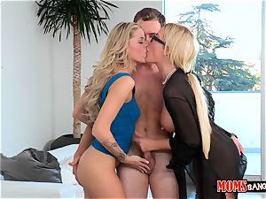 Jessa Rhodes and her stepmom tempt the beau